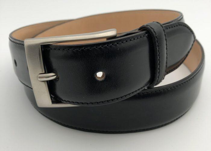 Kreis Saddle schwarz